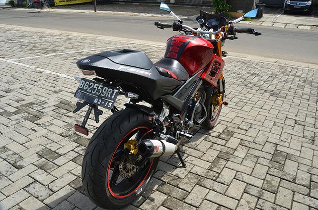 Yamaha vixion modif jadi R125