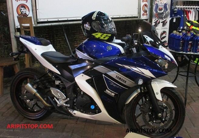 Yamaha R25 Knalpot Akrapovic