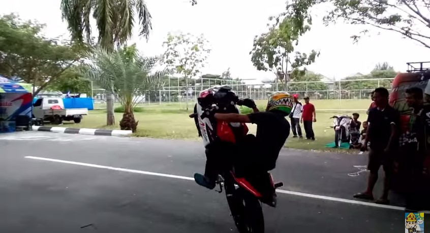 Wheelie-Wawan-tembong